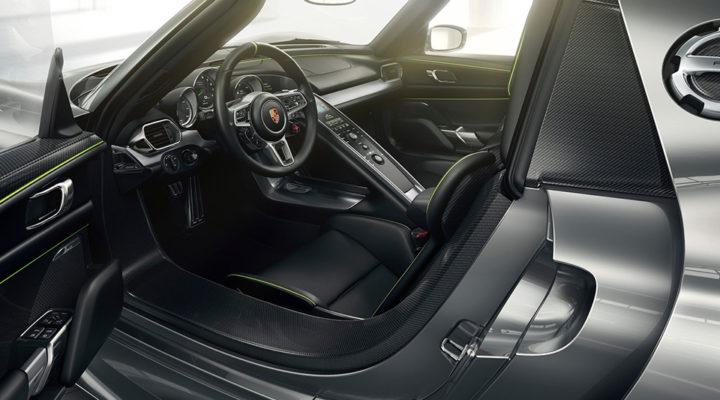 Porsche проверит ремни безопасности на всех экземплярах 918 Spyder