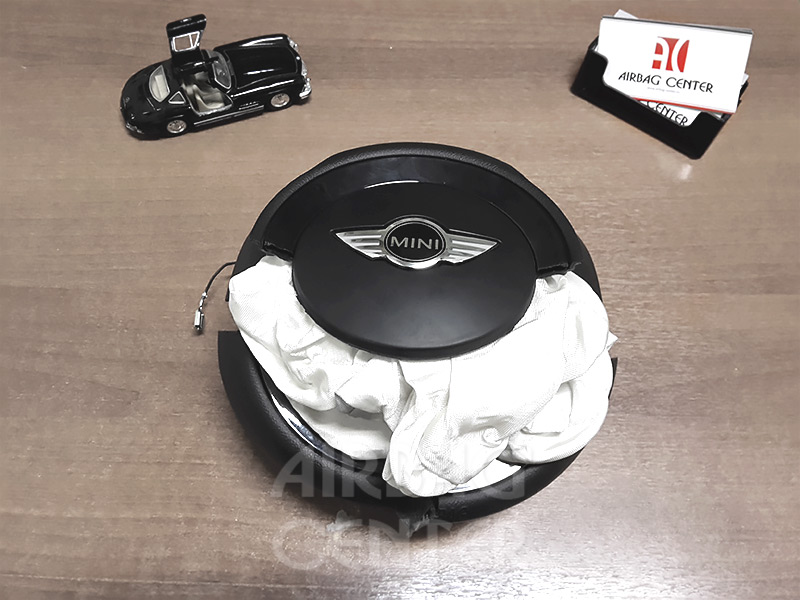 MINI Cooper до восстановления рулевой крышки