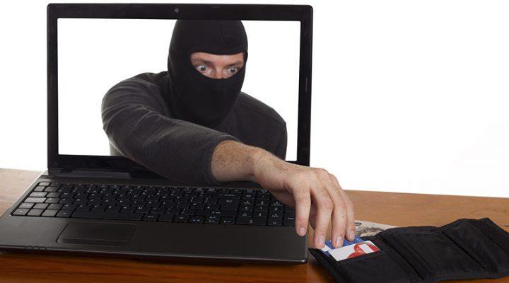 Страховщики: мошенники активно создают поддельные сайты продажи электронных ОСАГО