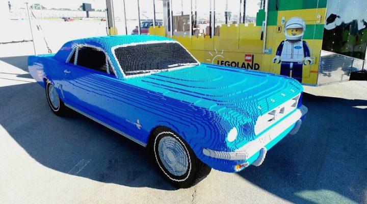 Ford Mustang из 194 тысяч кубиков Lego был собран в США