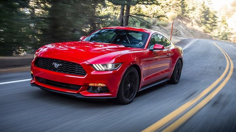 Ford Mustang с «турбочетверкой»