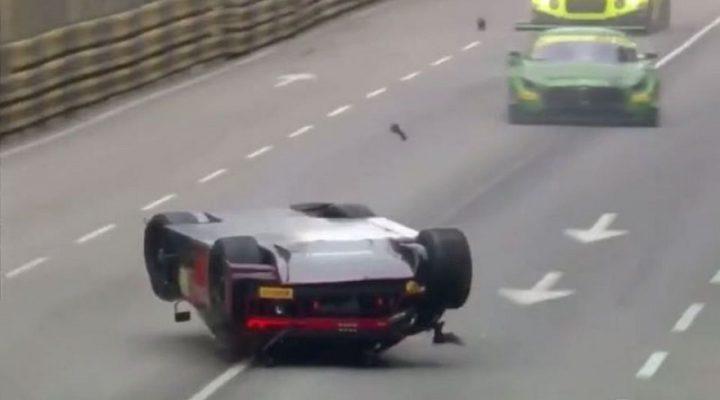 Перевернувшаяся Audi R8 выиграла гонку FIA GT World Cup