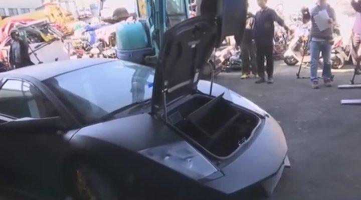 Как разорвали на куски Lamborghini: полное видео