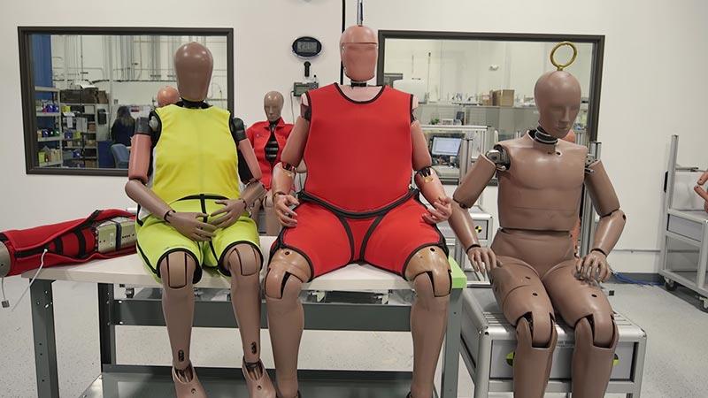 Манекены для автомобильных краш-тестов
